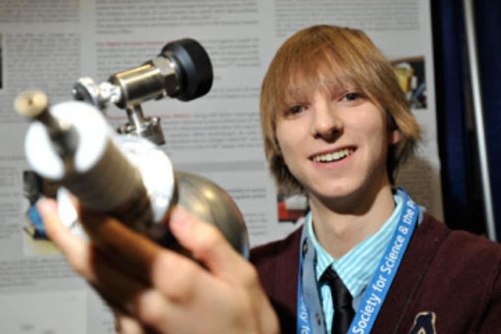 Teenager inventa un detector per armi nucleari