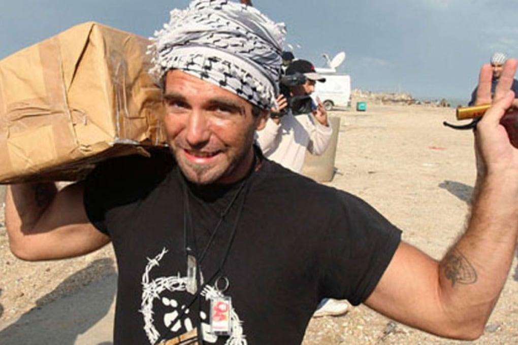 La Rete piange l'attivista italiano dalla vocazione social