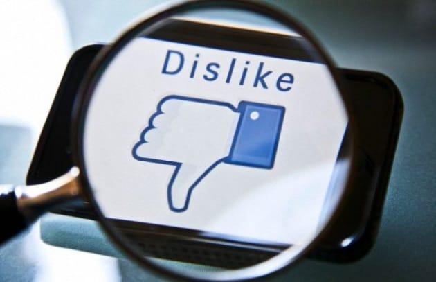 Facebook dichiara guerra ai falsi