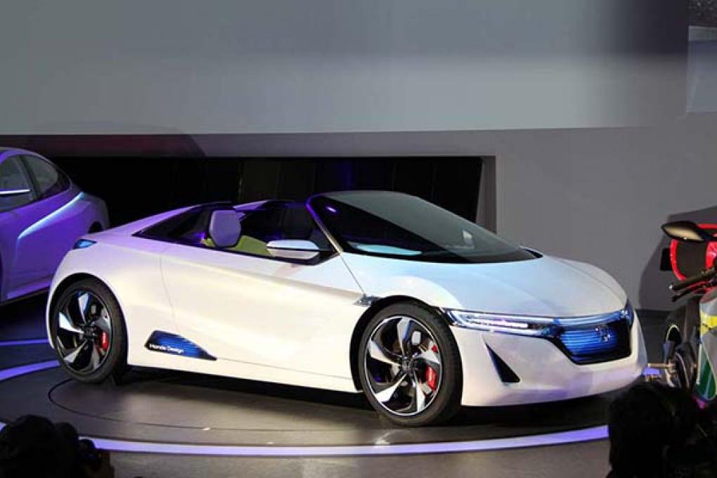 Auto elettriche: Tesla che va Honda che viene