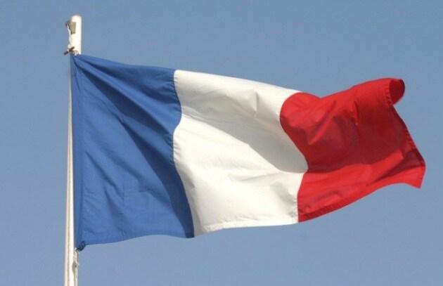 Francia: vietato dire Twitter e Facebook