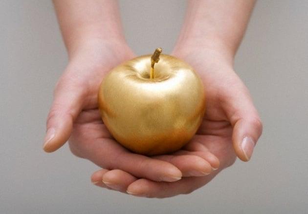 Apple vola in borsa e supera Exxon Mobil
