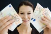 felicita-soldi-donna_217293