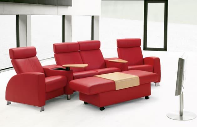 Design i divani ekornes sono perfetti per guardare la tv - Divano comodo per tv ...