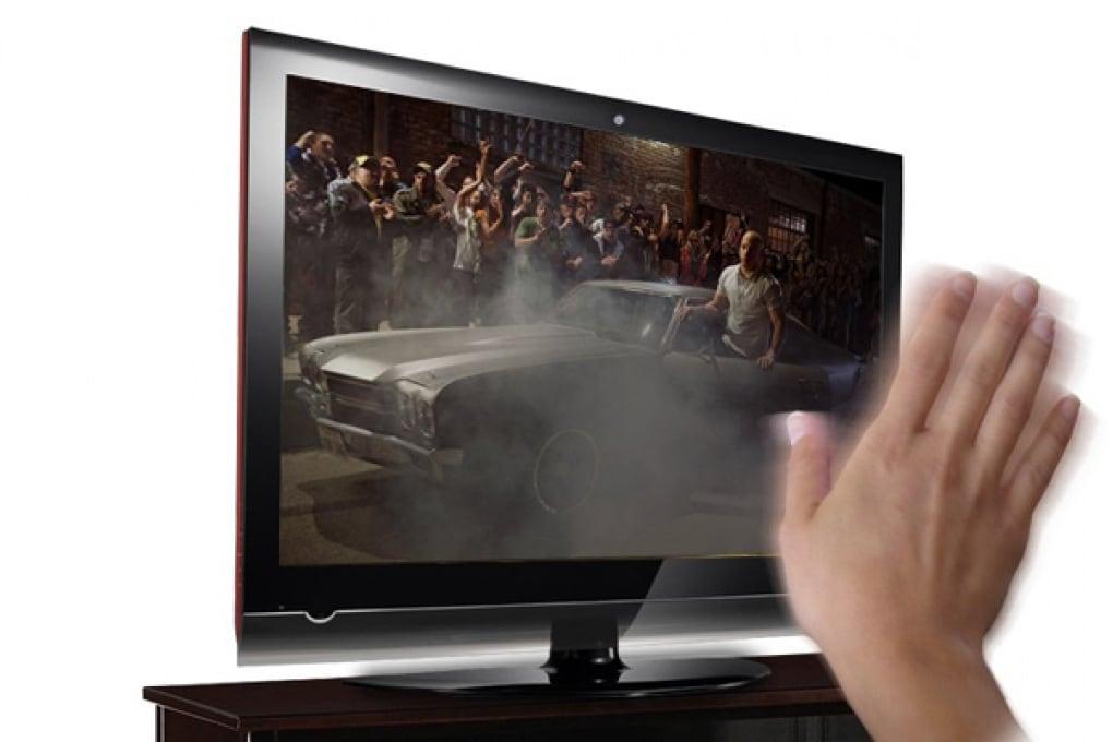 La smart TV Android che comandi a gesti