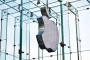 apple-logo-store-vetro_216480