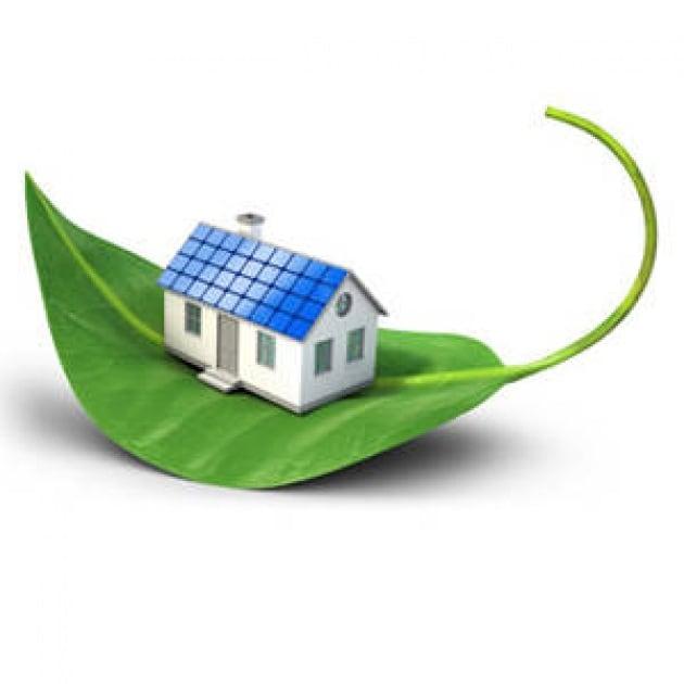 Casa ecologica verde fin sopra il tetto