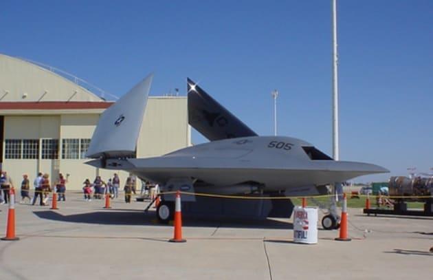 Primo volo del caccia robot senza pilota