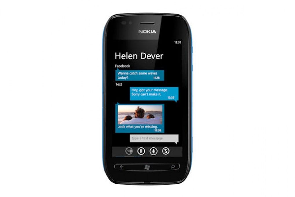 Nokia Lumia 710 - 299 €