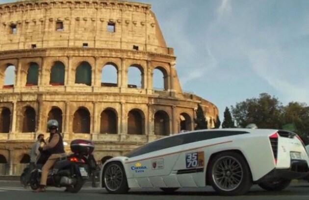 A Roma il taxi fila a 330 all'ora