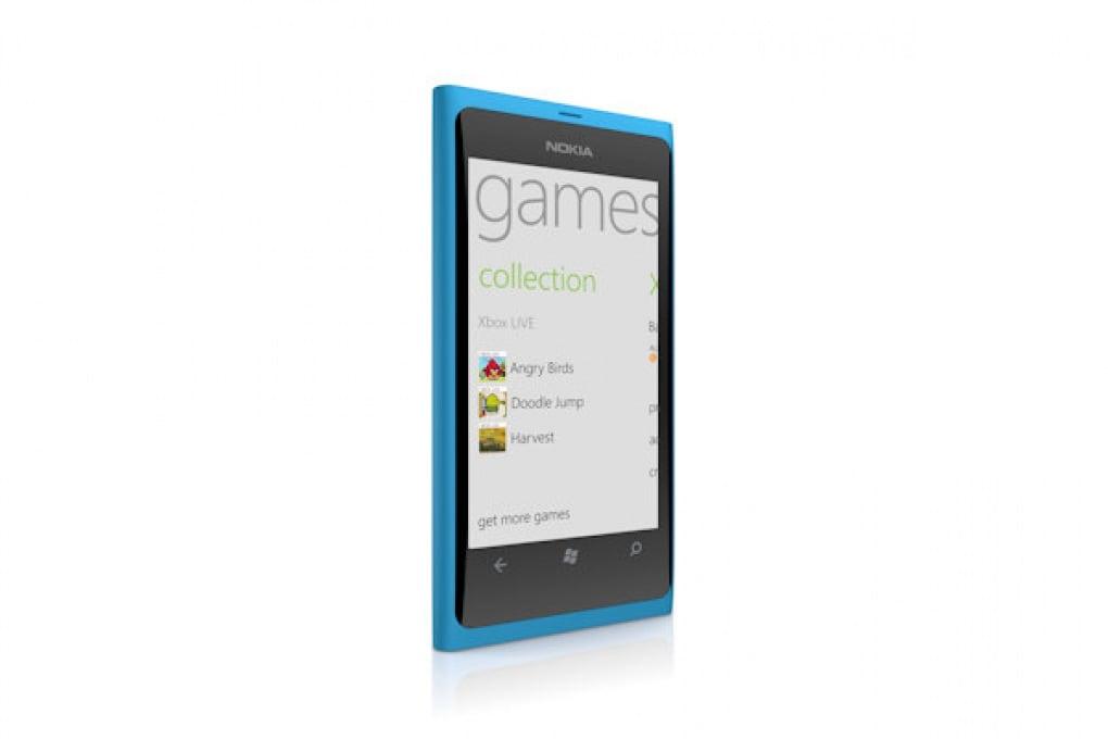Nokia Lumia 800 - 499 €