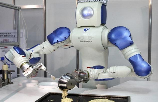 Risultati immagini per robot domestici