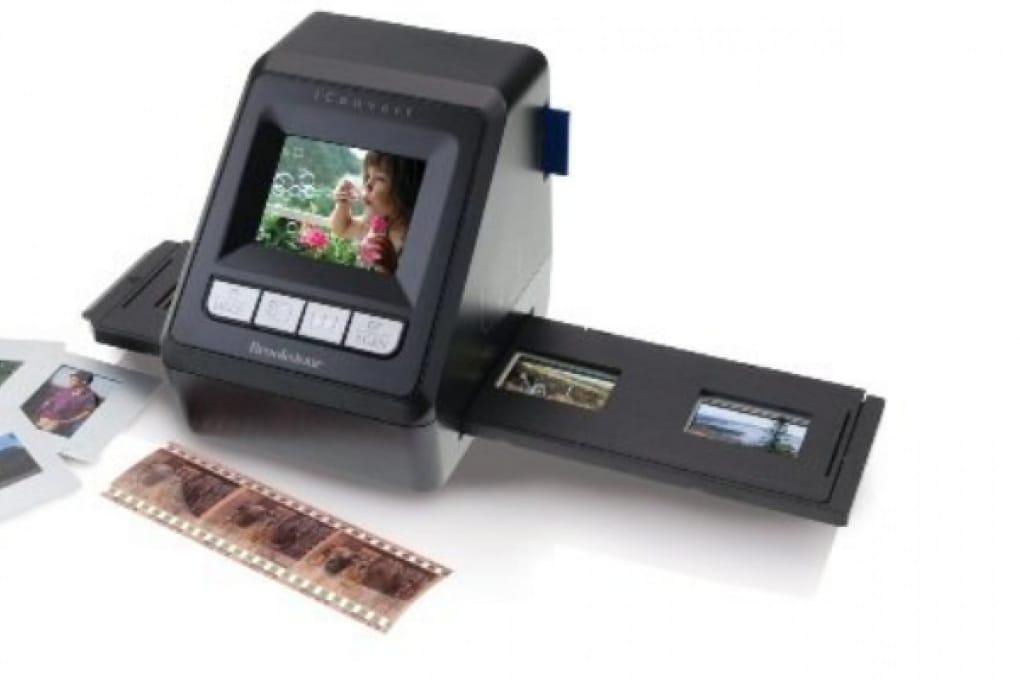 Le diapositive e i negativi diventano digitali