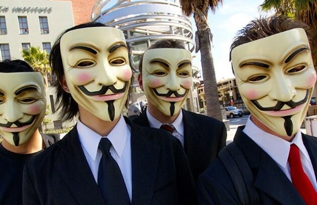 Sony fa mea culpa ed accusa Anonymous