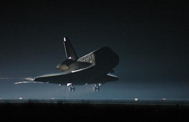 Lo shuttle è a casa ed alla NASA temono i licenziamenti