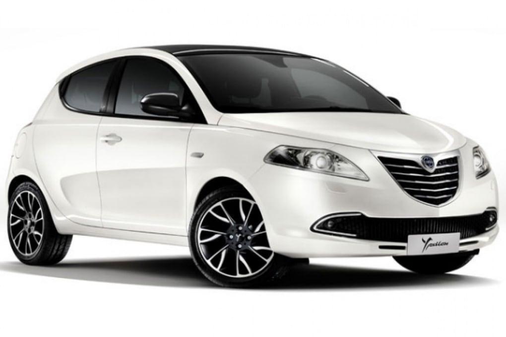 City cars: Nuova Lancia Y e Mini Rolls Royce