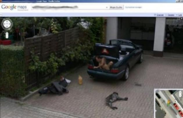 Uomo nudo in un bagagliaio finisce su Google Maps