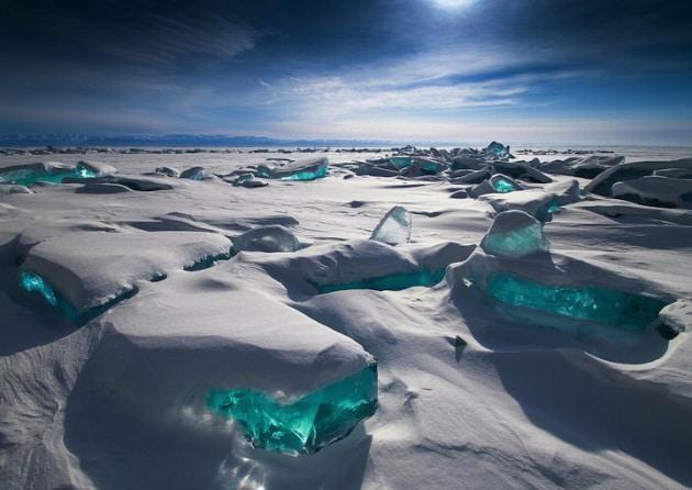 I cristalli di ghiaccio del Lago Baikal