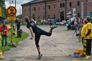 mobile-phone-throwing-world-championships_232986