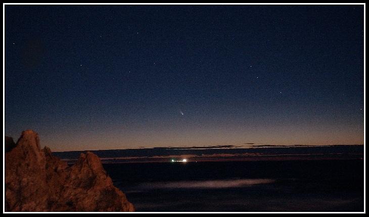 richard-tonello-comet-panstarrs-trigg-beach-copy_1362324384_lg