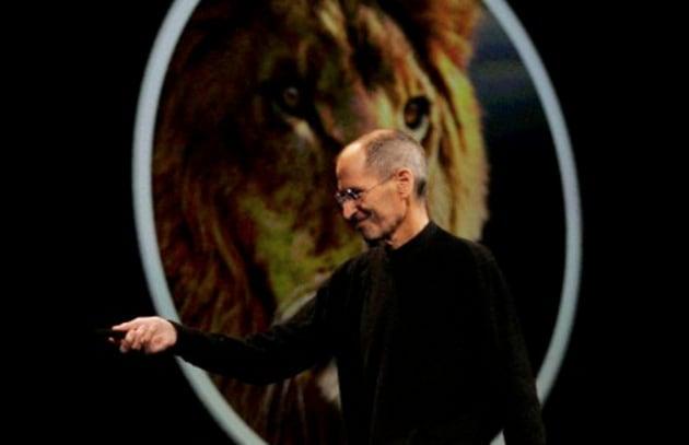 Steve Jobs si è dimesso: Apple giù in Borsa