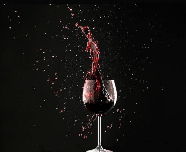 Perché alla carne si abbina il vino rosso?