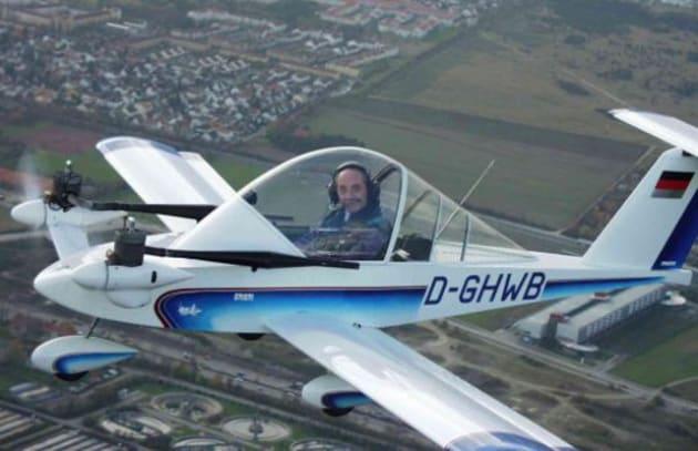 Novit hi tech cri cri il pi piccolo velivolo - Si puo portare l ombrello in aereo ...