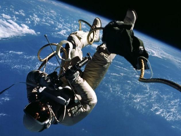 10 ragioni per sostenere l'esplorazione spaziale