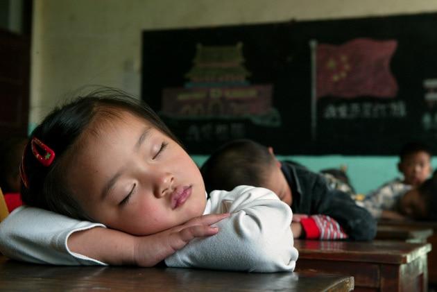 Perché invecchiando si dorme di meno?