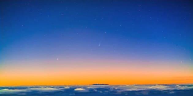 La cometa ISON sorge insieme al Sole