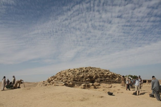 pyramid__800x600_q85_crop