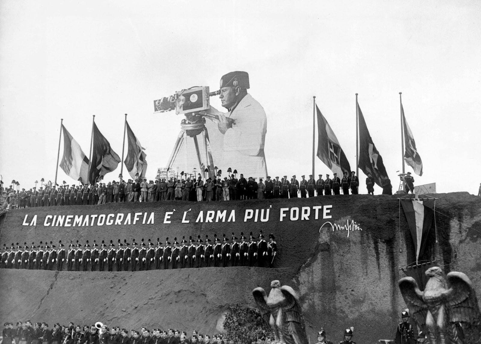 Discorso Camera Mussolini : Governo bivacco alla camera tra attualità di battista e storia