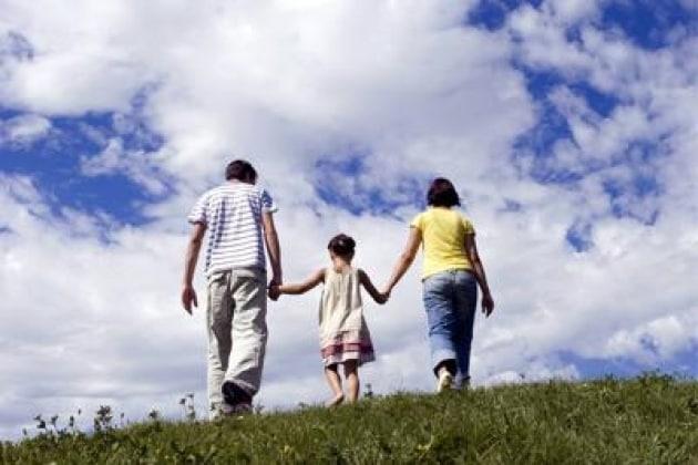 Risultati immagini per autistico e padre di spalle