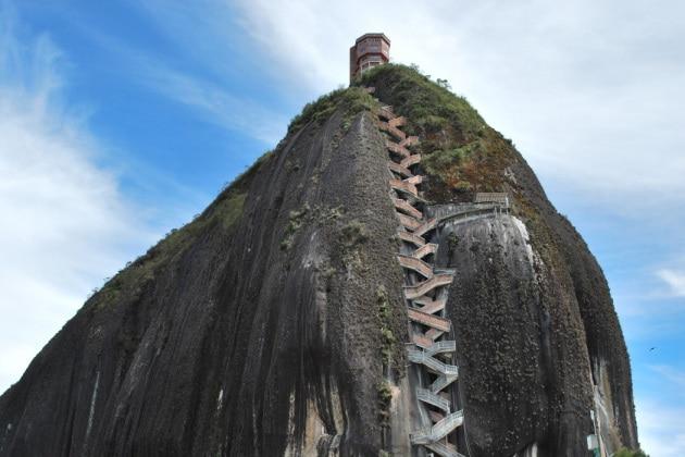 Sali, se hai coraggio: le 7 scalinate più ripide del mondo
