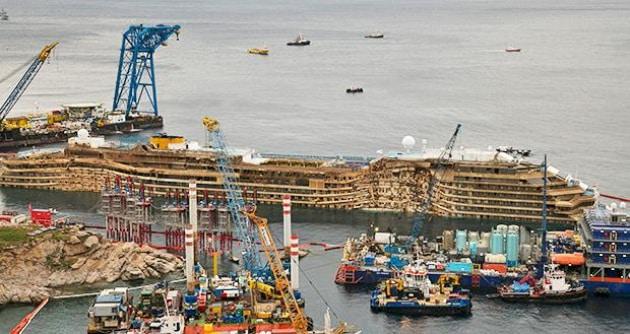 Il recupero della Costa Concordia: le fotografie