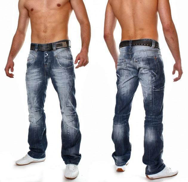Perché i jeans scoloriscono facilmente?