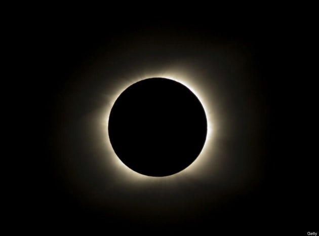 L'eclissi di Sole Live