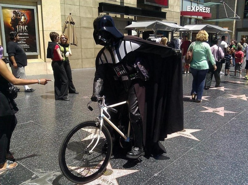 darth.on.bike.side2