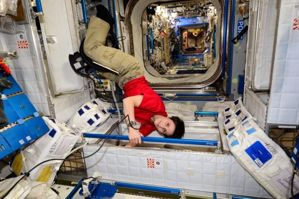 Le pulizie spaziali di AstroSamantha