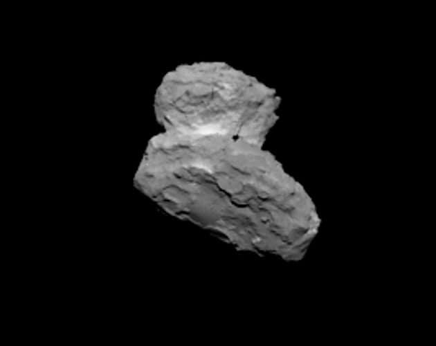 Rosetta si avvicina alla cometa: le foto