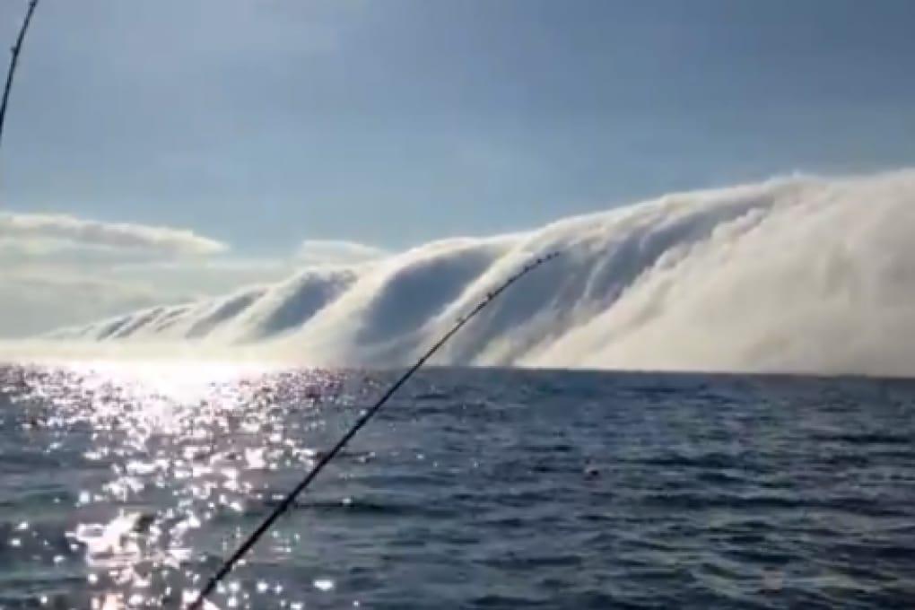 Il muro di nebbia sul Lago Michigan