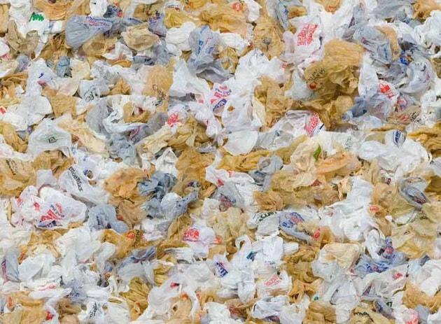 Sacchetti in plastica: la nuova direttiva della UE