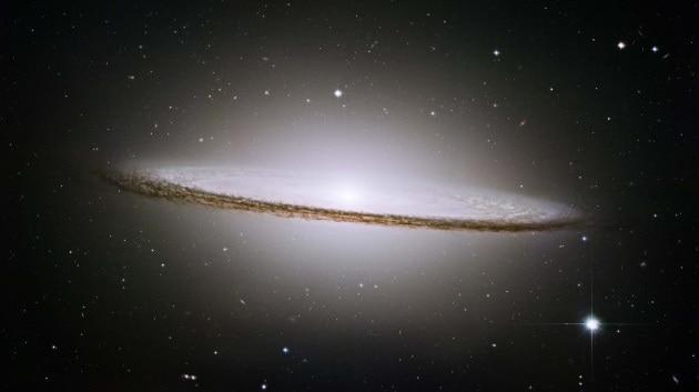 Il passato violento delle galassie a disco