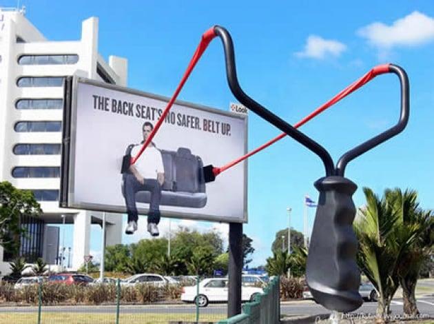 cartellone-pubblicitario-12