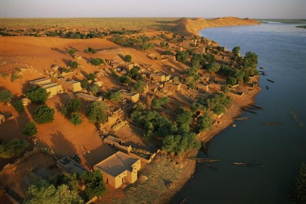I fiumi sepolti del Sahara che favorirono le rotte migratorie