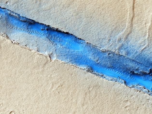 Le ultime foto di Marte del Mars Reconnaissance Orbiter