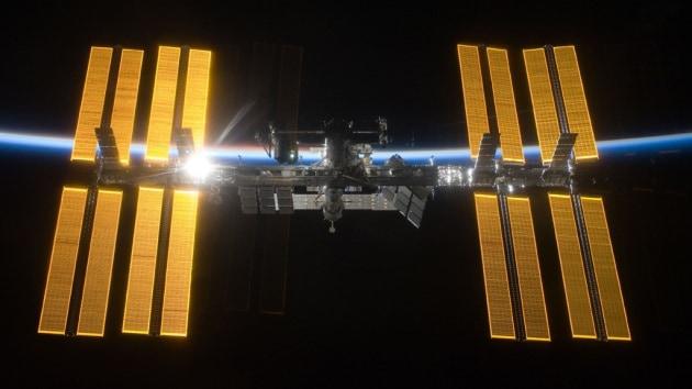 Buon compleanno, ISS: la stazione spaziale festeggia 15 anni