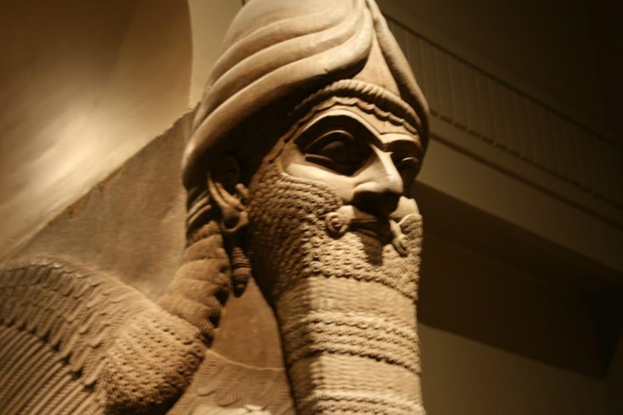 assyrian-winged-bull-