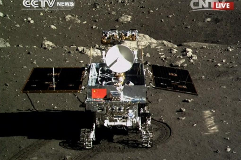 La Cina atterra sulla Luna: i video