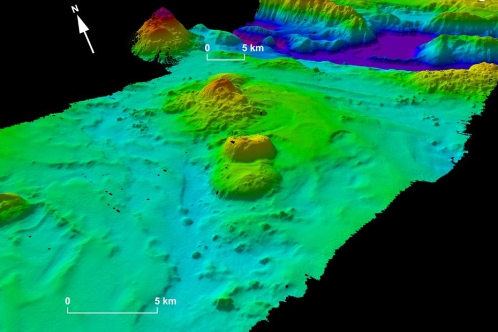 MH370, i sonar rivelano fondali finora sconosciuti
